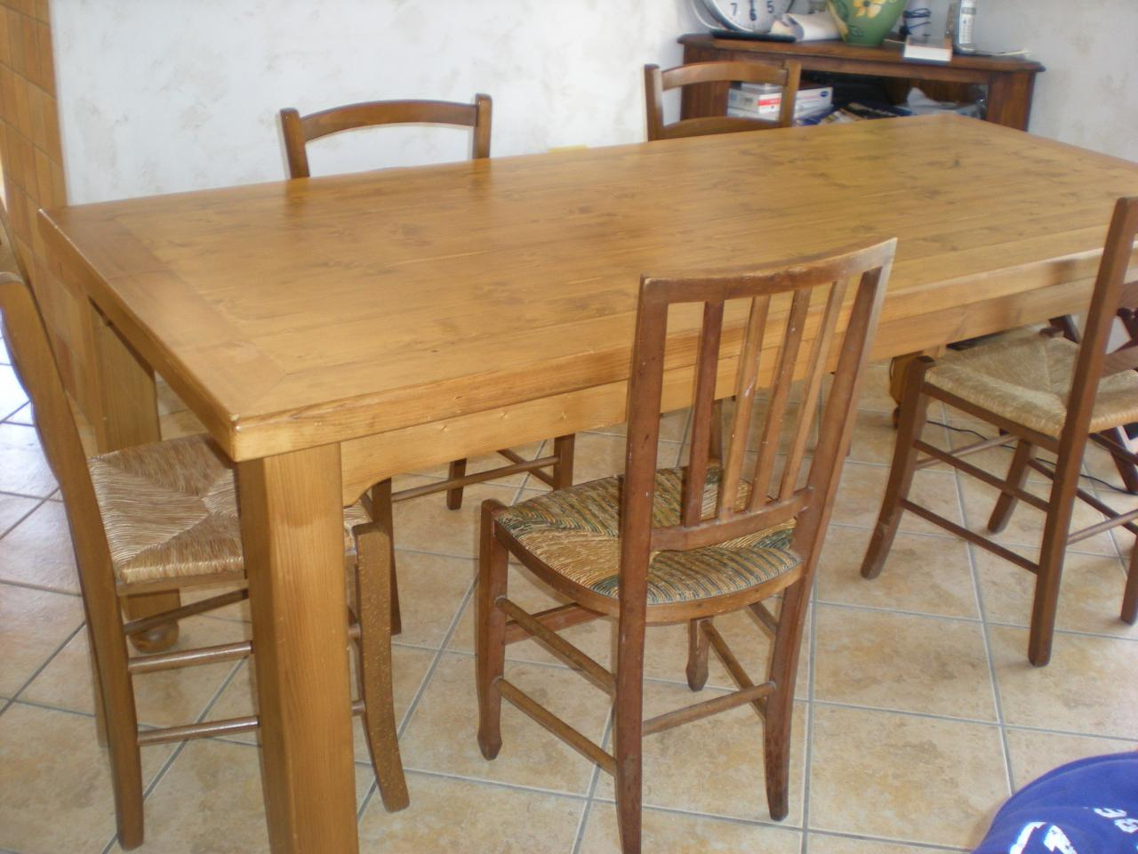 Table manger en bois oslo toutes les tables sur achat for Achat table a manger